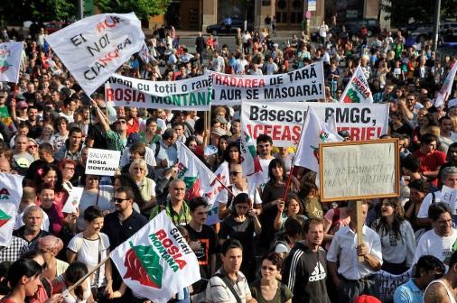 Rosia-Montana-Protests-09